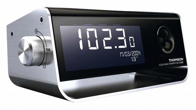 Clock-Radio (Bi-color) - Packshot