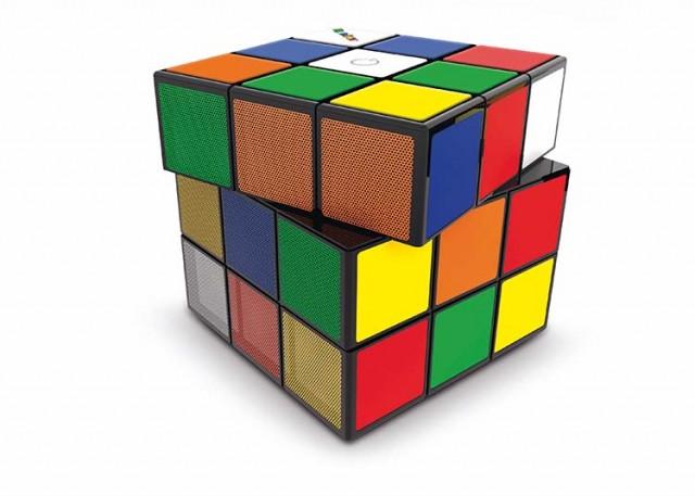 Rubik's Alarm Clock – Packshot