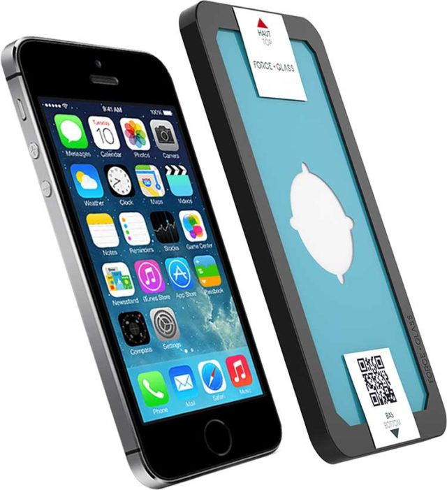 The tempered glass screen protector FORCE GLASS with fitting kit – Image  #1