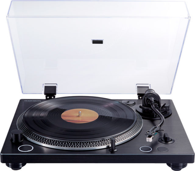 THOMSON direct-drive professionnal turntable TT600BT - Packshot