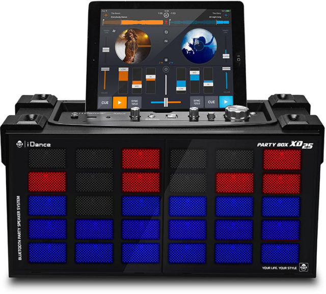 Wireless Bluetooth karaoke system with built-in light show XD25 I DANCE - Packshot
